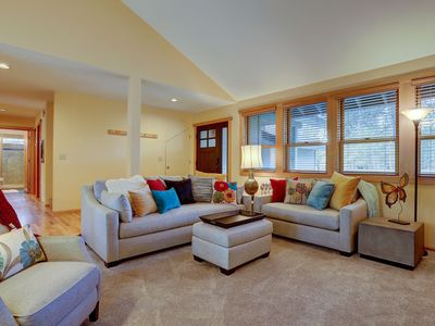 Photo for 16 Yellow Pine - Warm and Cozy! SHARC, Hot Tub, Fireplace, 3 Kings