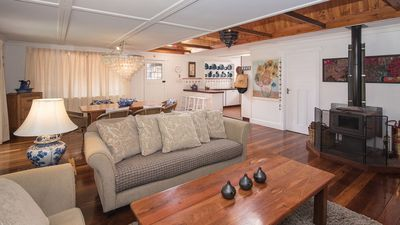 Photo for Patons Place - charming cottage, Dunsborough, ideal location!