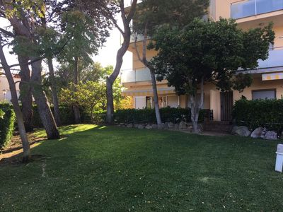 Photo for Fantastic apartment baixa amb Jardí privat plant, direct access to the garden