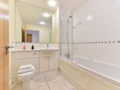 Photo for Apartment Seward in Clerkenwell - 4 persons, 2 bedrooms