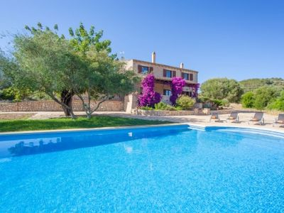 Photo for Admirable Finca with pool and garden in the norhteast of Majorca