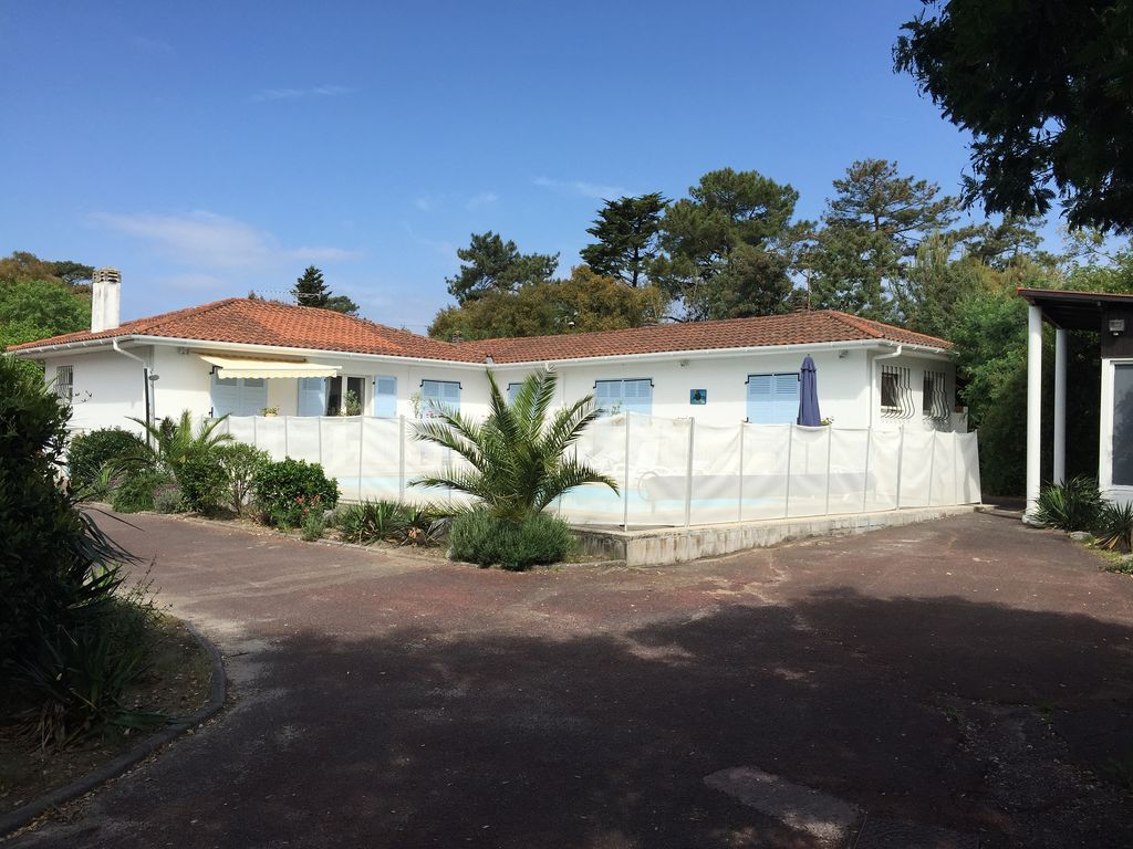 Large Villa With Heated Pool In Hossegor Homeaway
