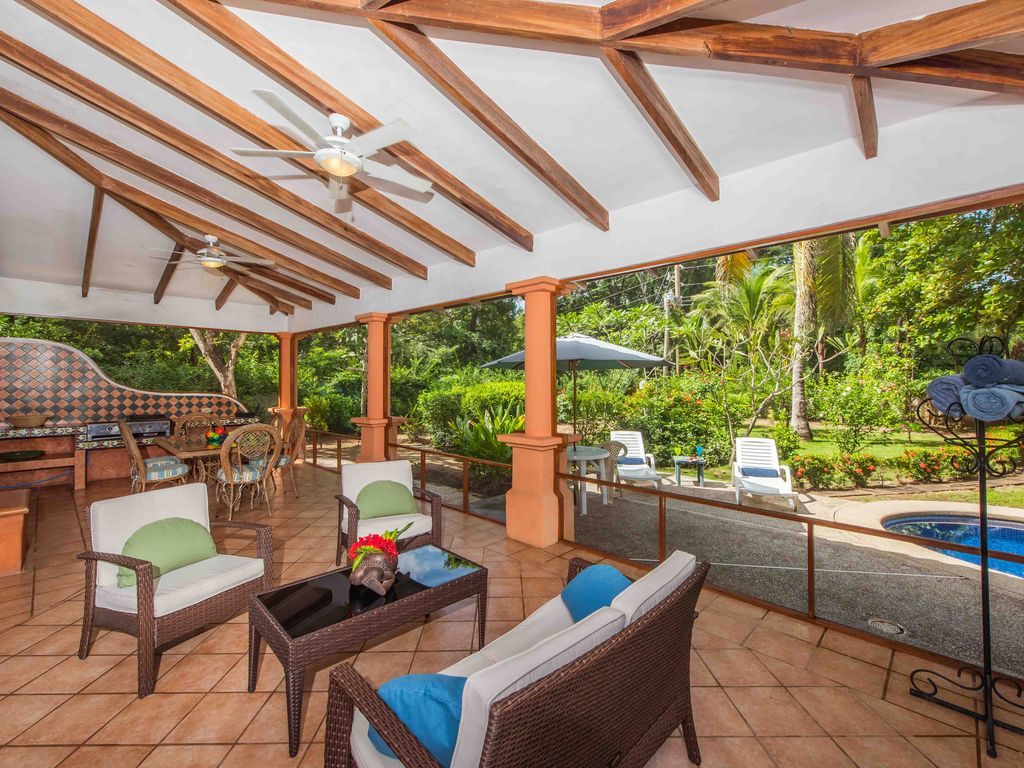 4 br with pool and rooftop patio 50m from b vrbo