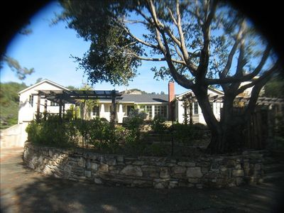 Photo for Craftsman within easy walk to 26 wine tasting rooms, restaurants and shops!