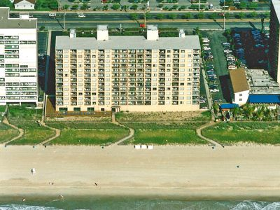 Photo for Marigot Beach 407-Oceanfront 102nd St, Free WiFi, Pool, Elev, W/D, AC