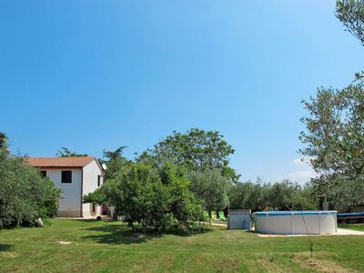 Photo for 3 bedroom Villa, sleeps 6 in Babići with Air Con and WiFi