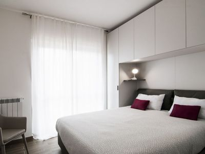 Photo for Fonte Laurentina Gray Apartment x3 NEW!