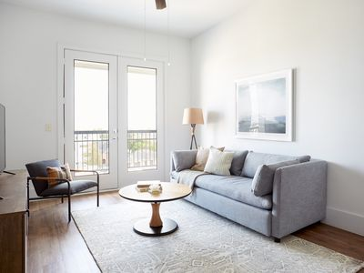 Photo for Sonder | The Hampstead | Central 1BR + Balcony