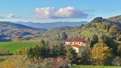 Photo for Apartment La Spiga is surrounded by beautiful countryside