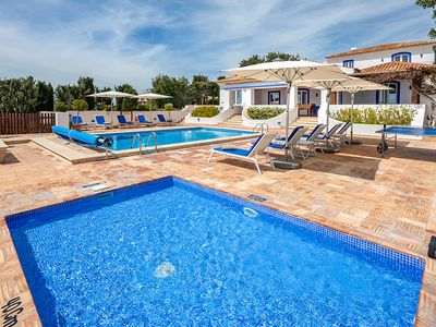 Photo for 5 bedroom Villa, sleeps 10 in Malhadais with Pool, Air Con and WiFi