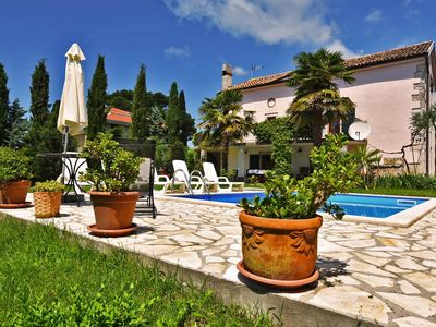 Photo for 3 Bedroom Villa Micheline near Pore