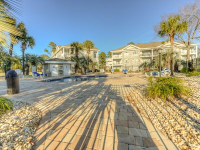 Photo for On golf course,Pool,Grill,Now 30% off till 4/11 and 20% off weeks till 6/21!