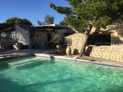 Photo for Charming house in Provence, near Aix, swimming pool, absolute calm