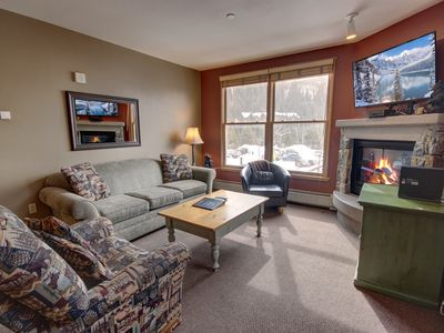 Photo for Black Bear is a premier location in the heart of River Run Village and just a hundred yards from the gondola.  This is a large 1 bedroom property sleeping 6 with a king bed plus a pull-out sofa and murphy bed. Black Bear also has a great hot tub to enjoy a