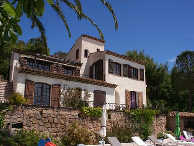Photo for Pool Villa with stunning sea view at the edge of the Natural Park of Esterel