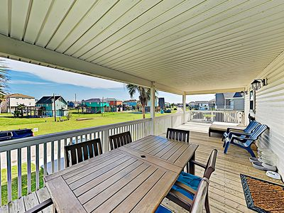 Outdoor Space - Spend breezy afternoons on the spacious covered deck.