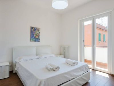 Photo for 11BR Apartment Vacation Rental in Roma, Lazio