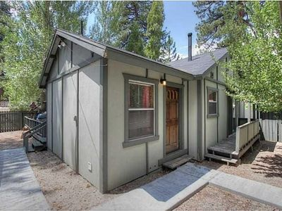 Photo for Fawnskin Hideaway - Satellite TV, pet friendly and fenced yard!