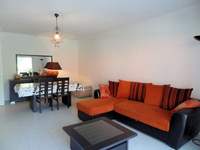 Photo for Beautiful apartment for 4 persons, 150m from the beach and shops, swimming pool