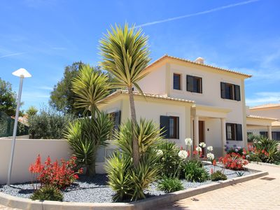 Photo for Vila Marquês da Luz, first time use in 2018, an ideal villa for those seeking peace and quiet