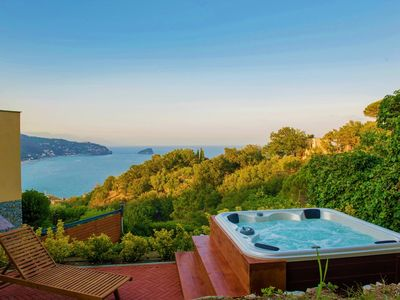 Photo for Sea view property in luxury building with jacuzzi (PRIVATE BEACH OFFER)
