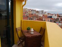 The property was ideally situated for sightseeing in Lisbon. Central yet peaceful location