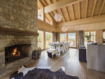 Photo for Luxurious chalet close to lift with sauna & 15% skipass discount