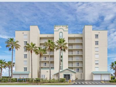 Photo for Fully-Furnished Gorgeous Oceanfront Condo