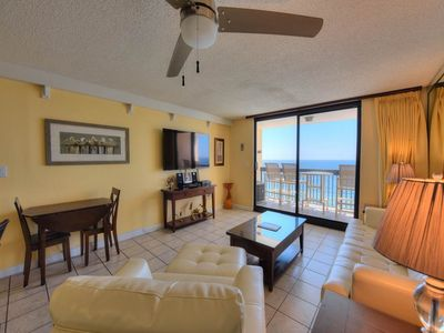 Photo for Amazing gulf-front condo, Splash pad and multiple pools on-site, free Wi-Fi
