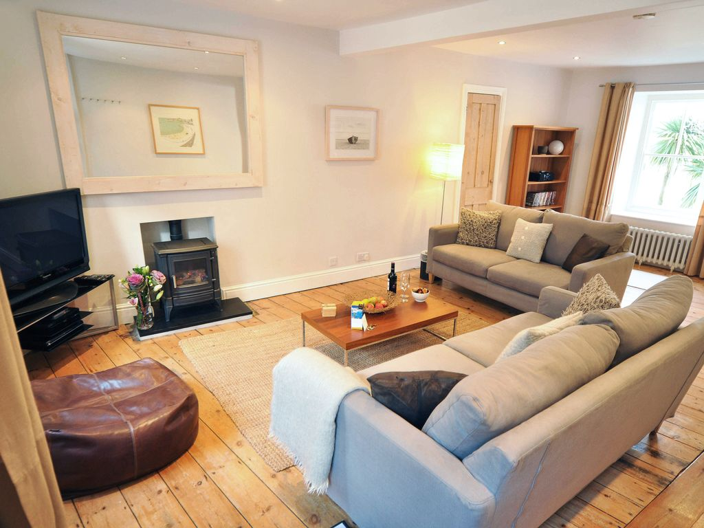 Spacious But Cosy Living Room Part 39