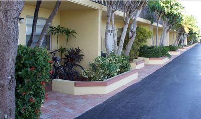 Photo for Palm Beach Fully Equipped 1BR Suite - Heated Pool, BBQ Grills, WiFi, Pier & Dock