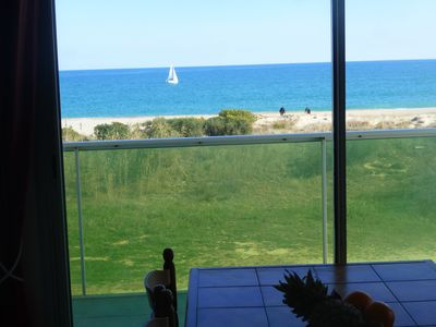 Photo for Apartment f3 3 stars Goelettes .2 terraces sea view beach 25 meters