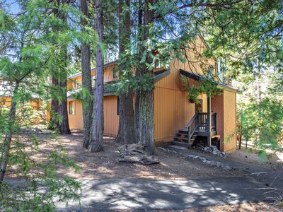 Photo for Shaver Lake! Rustic gated community with pool, BBQ grill, fireplace, sleeps 10!