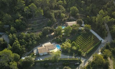 Photo for VILLA SWIMMING POOL HOLIDAY IN PROVENCE QUIET