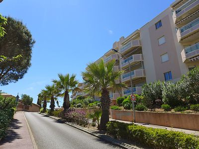 Photo for 1BR Apartment Vacation Rental in Cavalaire-sur-Mer