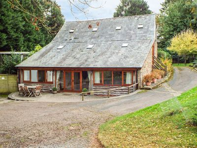 Photo for THE OLD STABLES, pet friendly in Upton Bishop, Ref 963602