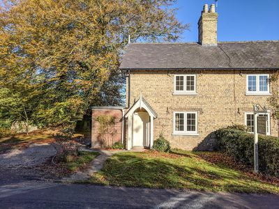 Photo for Owl Cottage, RIGSBY