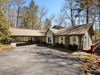 Photo for Perfect Gettaway Cottage at The Country Club of Sapphire Valley