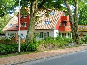 Close to beach apartment with Darßer forest view, Wi-Fi free, bright, comfortable, 5 min to the beach