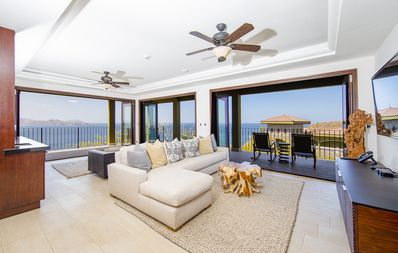 Photo for Ocean View Penthouse at 360 Splendor del Pacifico