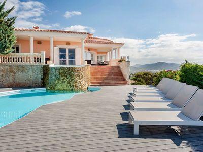 Photo for Luxurious villa with pool, garden and stunning sea views in Santa Ponsa
