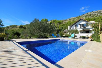 The Captain`s House - private heated pool 24 m2