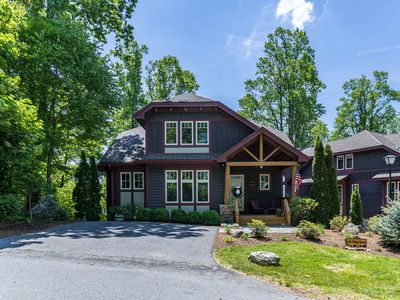 Photo for Ridge Haven Lodge - Indoor/Outdoor pool, Hot Tub, Pool Table, trout fishing, fitness center!