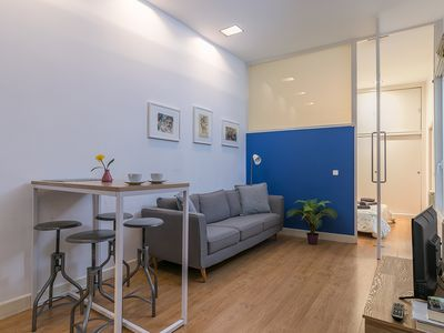 Photo for Lovely apartment in Barrio Letras