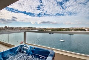 Photo for 4BR Apartment Vacation Rental in Tas-Sliema