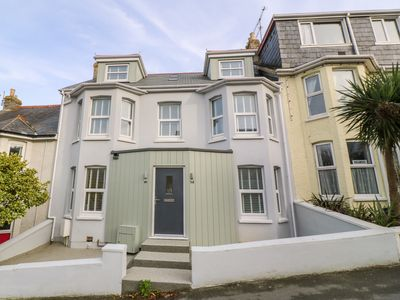 Photo for 14 ST. GEORGES ROAD, family friendly in Newquay, Ref 997349