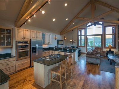 Photo for Luxury Townhome Within Steps of the Lifts!