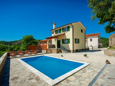 Photo for Holiday house Kontusi for 4 - 6 persons with 2 bedrooms - Villa