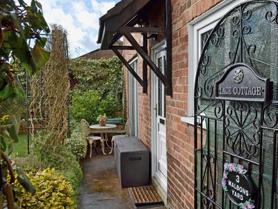2 bedroom accommodation in Ashbourne