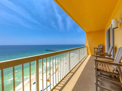 Photo for Family-friendly gulf front condo w/shared pools, Tiki bar, gym - near the beach!